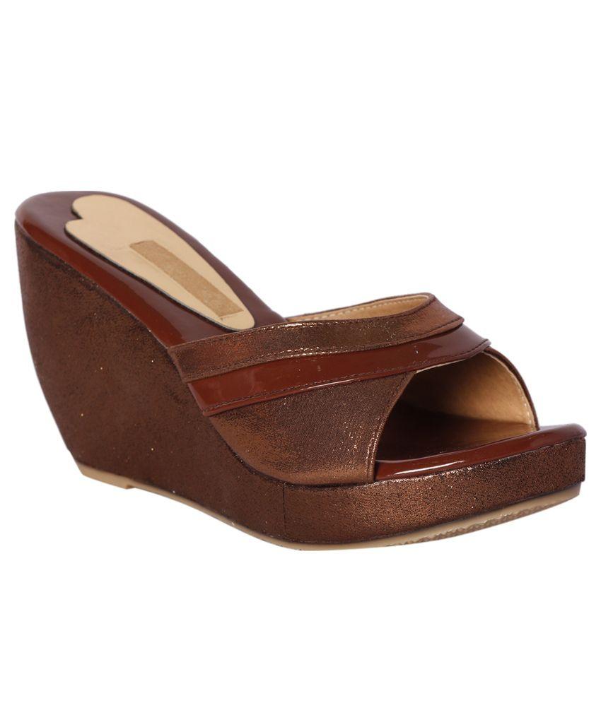 Pantof Brown Wedges Heels