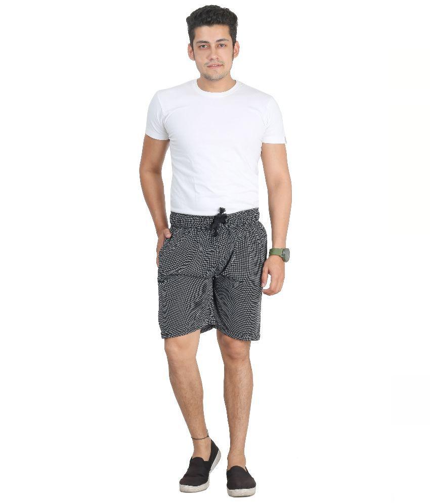 Broche Black Shorts