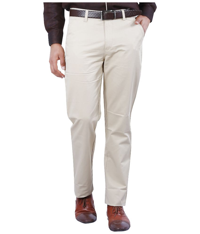 Crocks Club Off-White Regular Fit Chinos