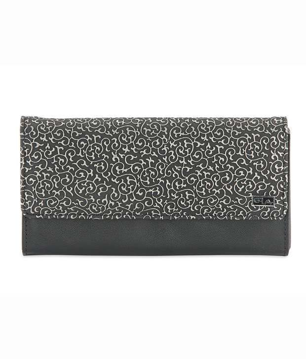 Goodwill Leather Art Black Ladies Clutch