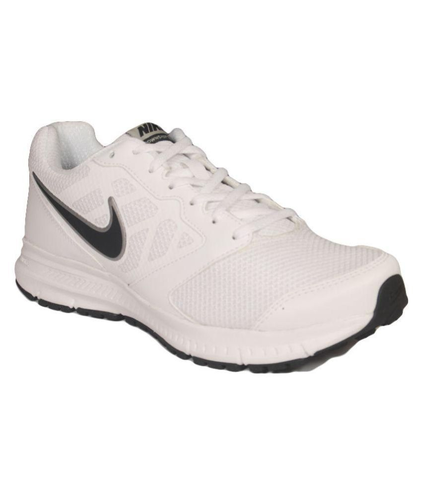 Snapdeal has a collection of mens running shoes online which is truly amazing in all sense because of their rich and complete collection of all the popular brands like Asics, Puma, Nike or Adidas in one single page. Change the way you play by buying running shoes online at Snapdeal .