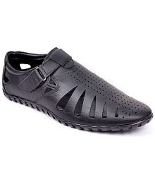 3639419393b8 peponi Sandals   Floaters  Buy peponi Sandals   Floaters Online at ...
