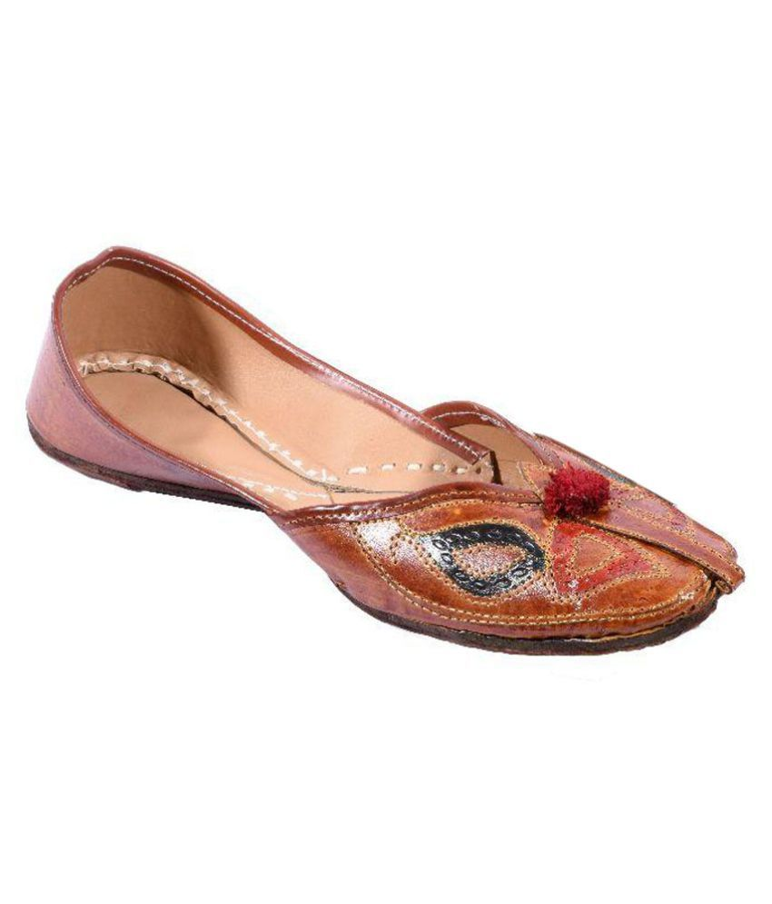 Utake Brown Ethnic Footwear