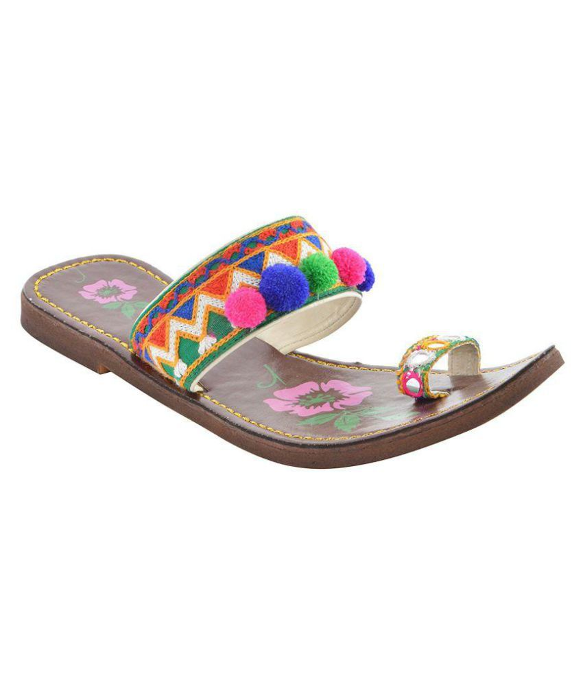 Maan Multi Color Flat Flats