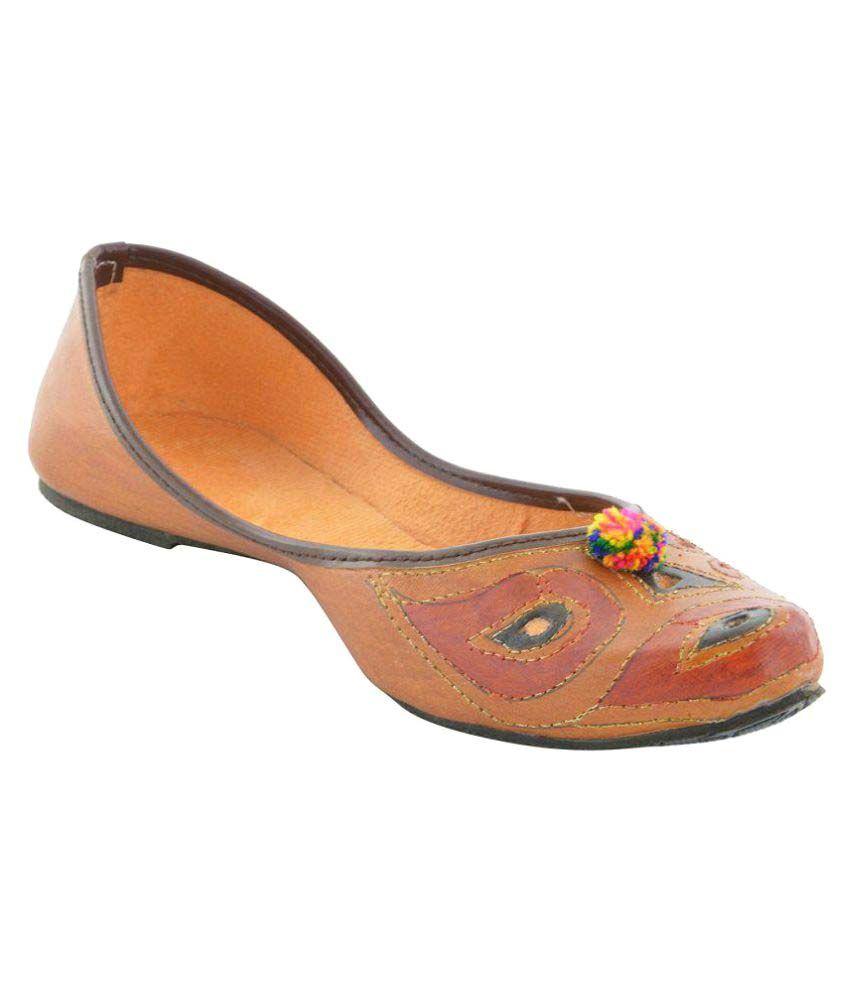 Pahnawa Multi Color Flat Ethnic Footwear