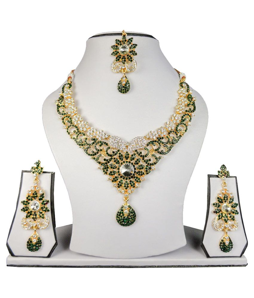Zam InnoCrafts Beautiful Handmade Green Fashion Necklace Set with Maang Tika for women