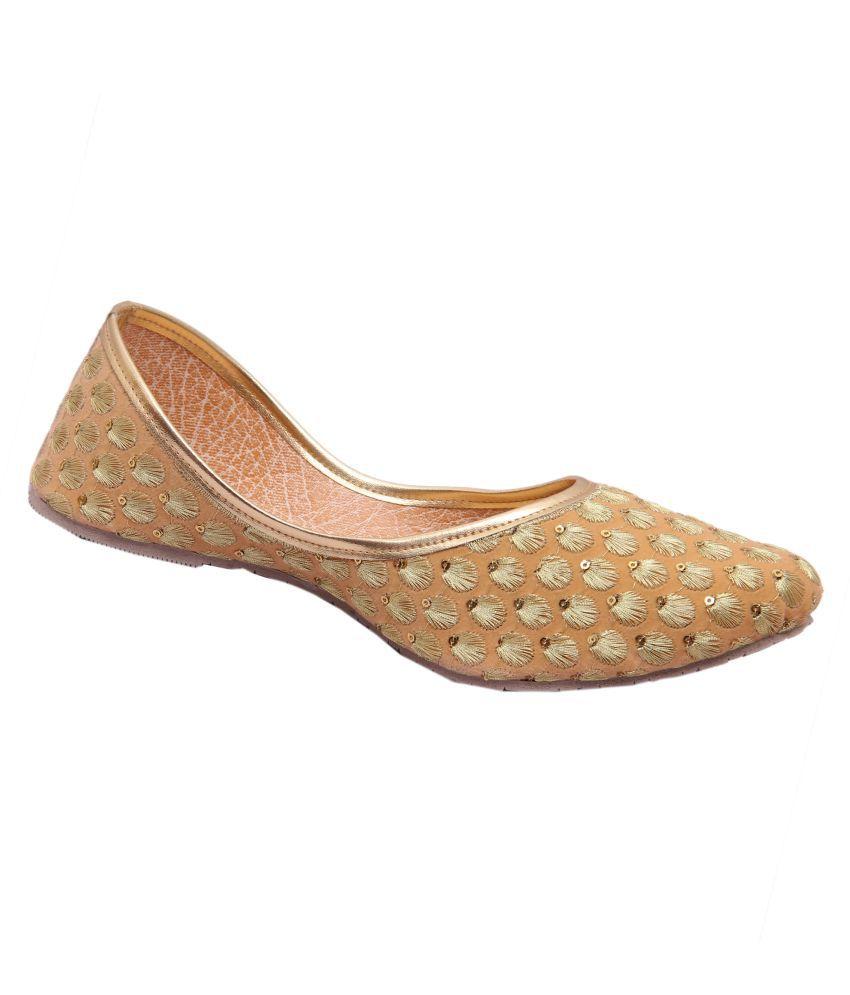 Belleza Beige Flat Ethnic Footwear