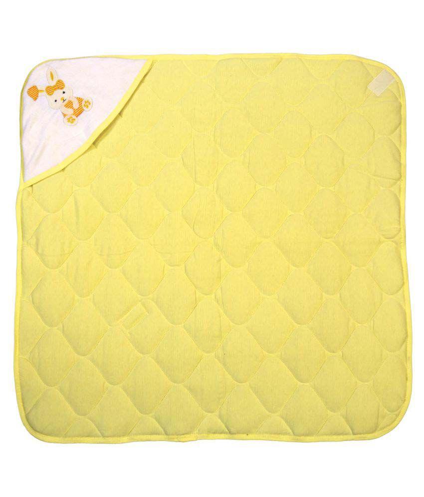Brim Hugs & Cuddles Yellow Coton Baby Wrapper Baby Blanket/Baby Swaddle/Baby Sleeping Bag