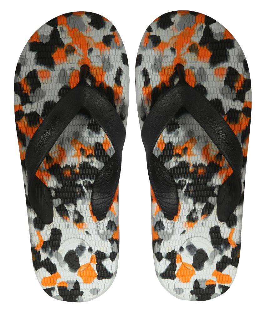 5f3ab8277 Sole Threads Antiskid Everlast Orange   Black Flip Flops Price in India-  Buy Sole Threads Antiskid Everlast Orange   Black Flip Flops Online at  Snapdeal