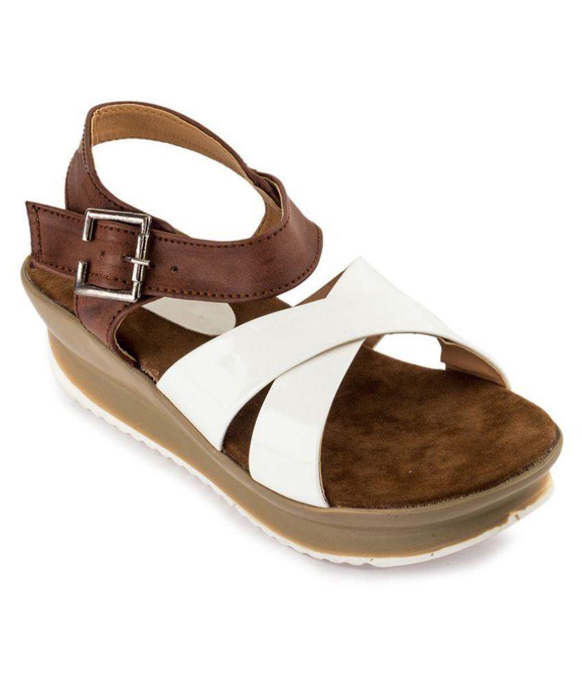 Wellworth White Wedges Heels