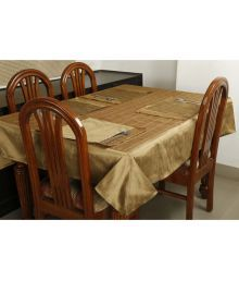 Dekor World 4 Seater Polyester Set Of 5 Table Cover & Table Mats