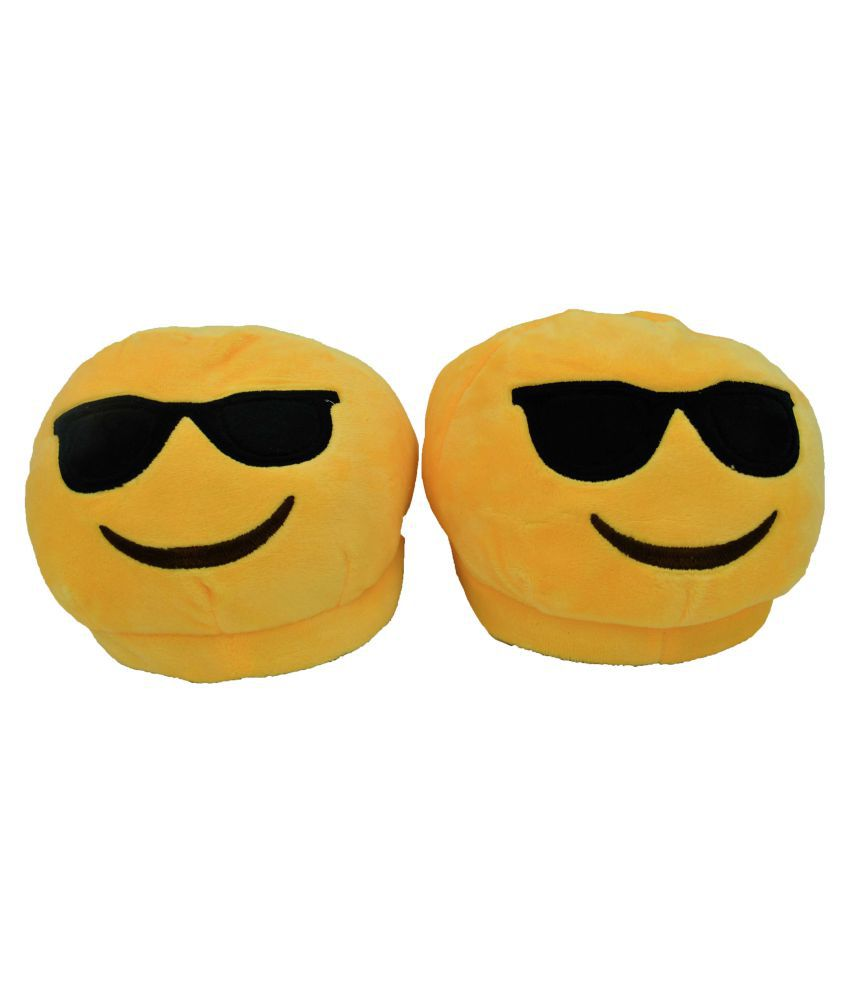 The Crazy Me Yellow Emoji slippers