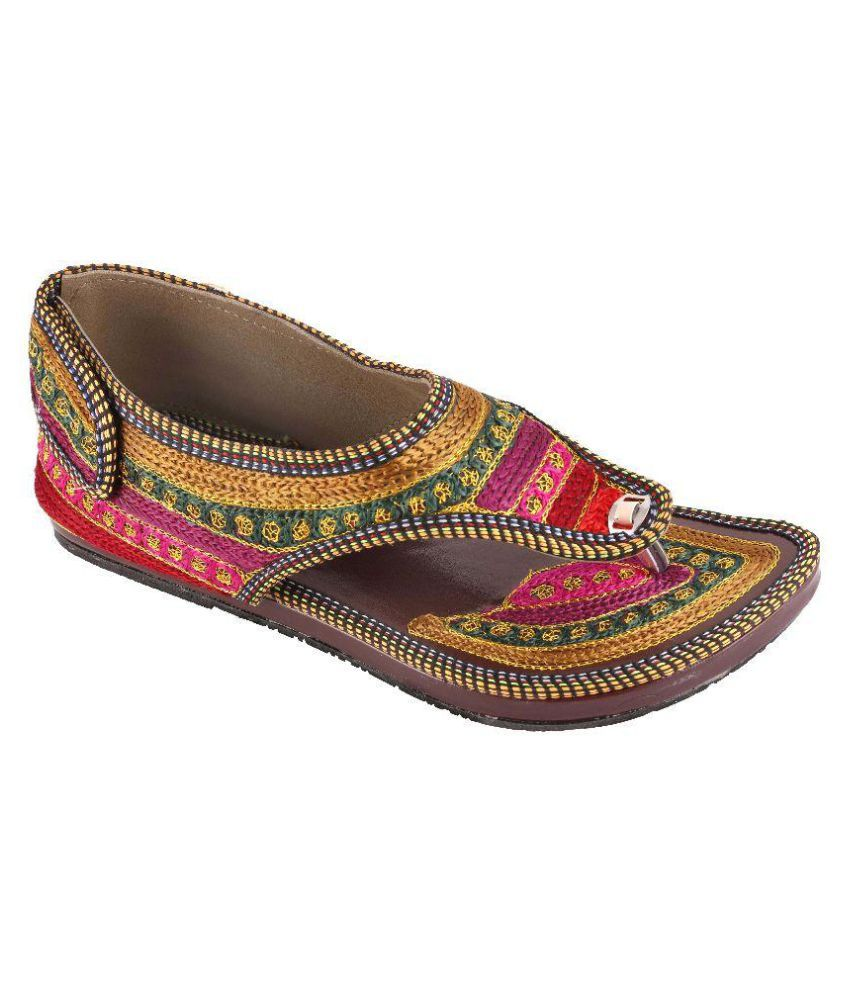 Traditional Collection Multi Color Flat Flats