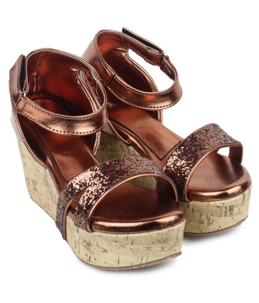 Lady Crown Brown Wedges Heels