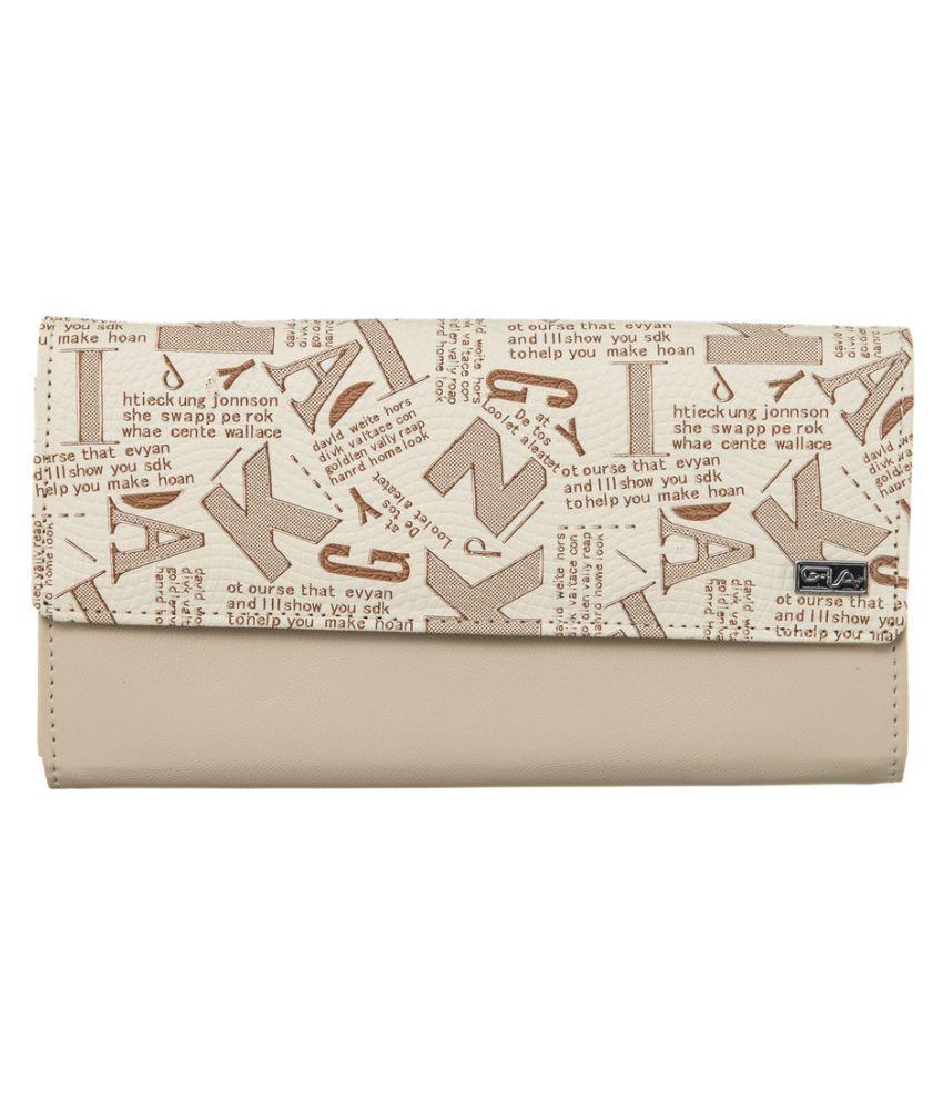 Goodwill Leather Art Beige Wallet