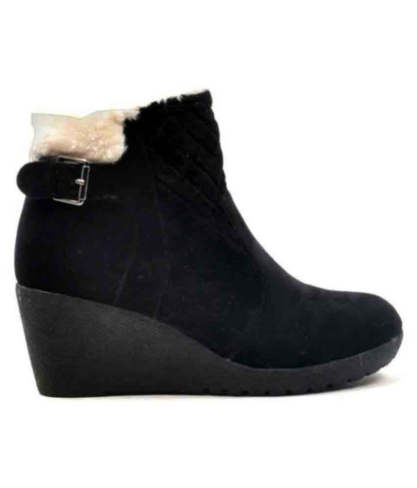 Carlton London Black Ankle Length Bootie Boots