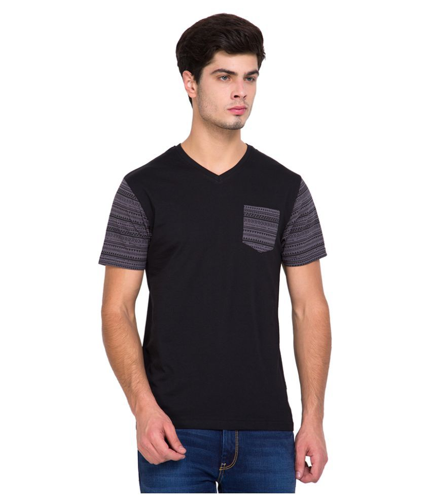 Highlander Black V-Neck T-Shirt
