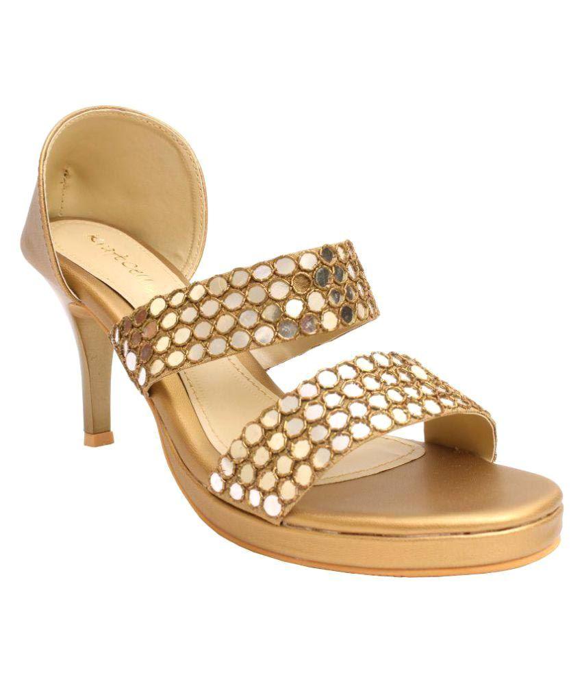 Kraft Cellar Gold Heels
