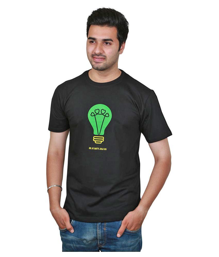 Raindeer Black Round T-Shirt