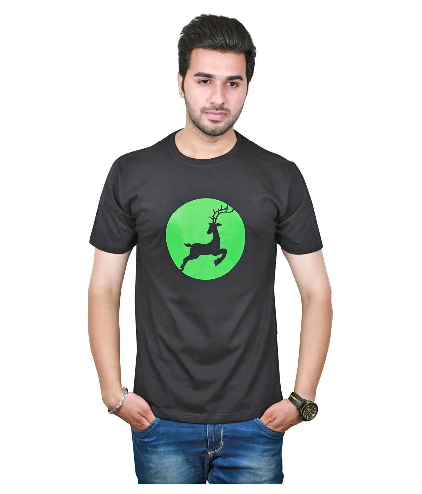 Raindeer Black Round T-Shirt