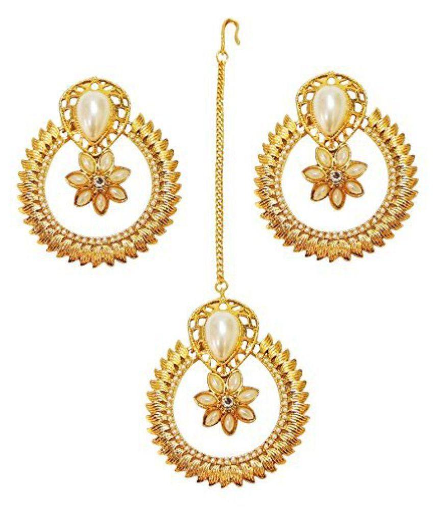 f797fb6543 SatyamJewelleryNx Traditional Chandbali Earring & Tikka Set Women Fashion  Jewellery: Buy SatyamJewelleryNx Traditional Chandbali Earring & Tikka Set  Women ...