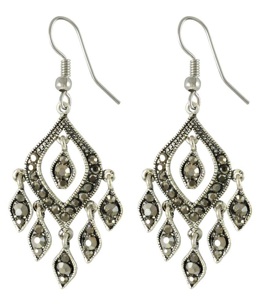Sarah Silver Hanging Earrings
