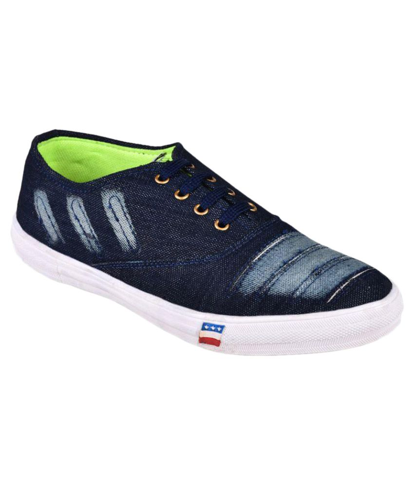 0b0daf254a781d Messi Sneakers Navy Casual Shoes - Buy Messi Sneakers Navy Casual Shoes  Online at Best Prices in India on Snapdeal