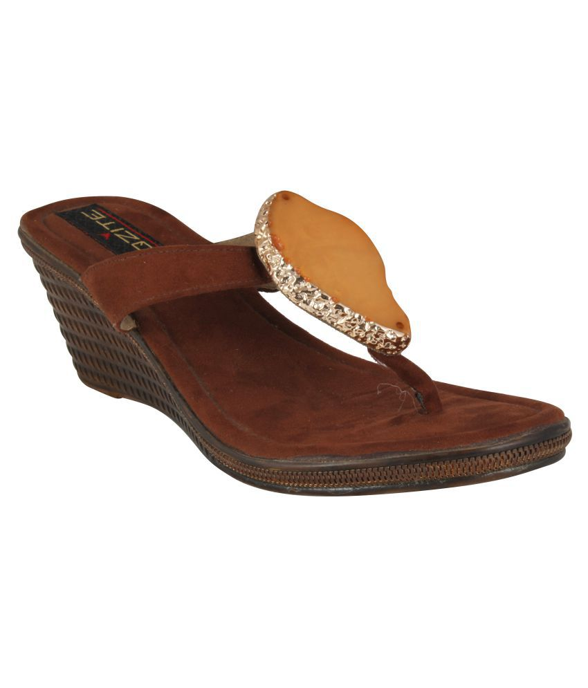 XQZITE Brown Heels