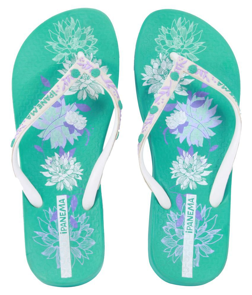 Ipanema White Slippers