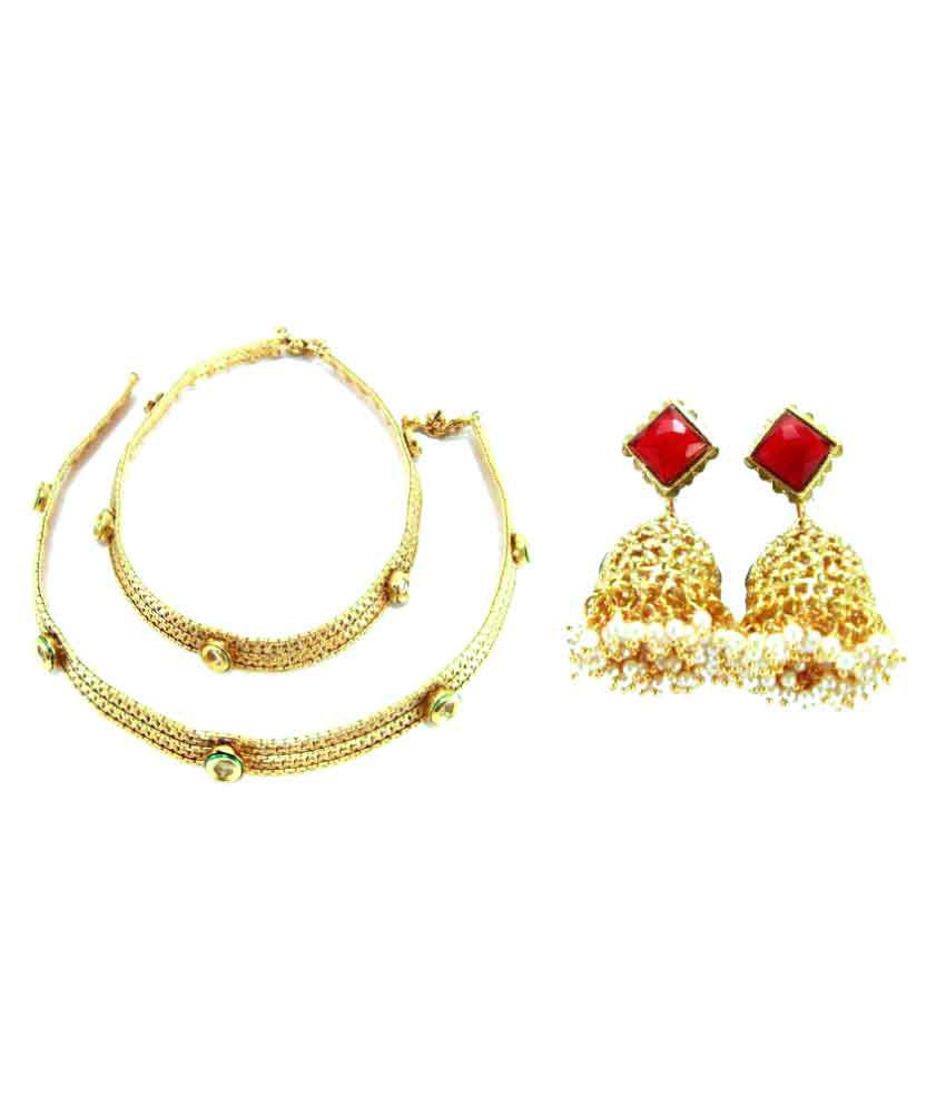 Biyu Golden Combo of Anklet and Earrings