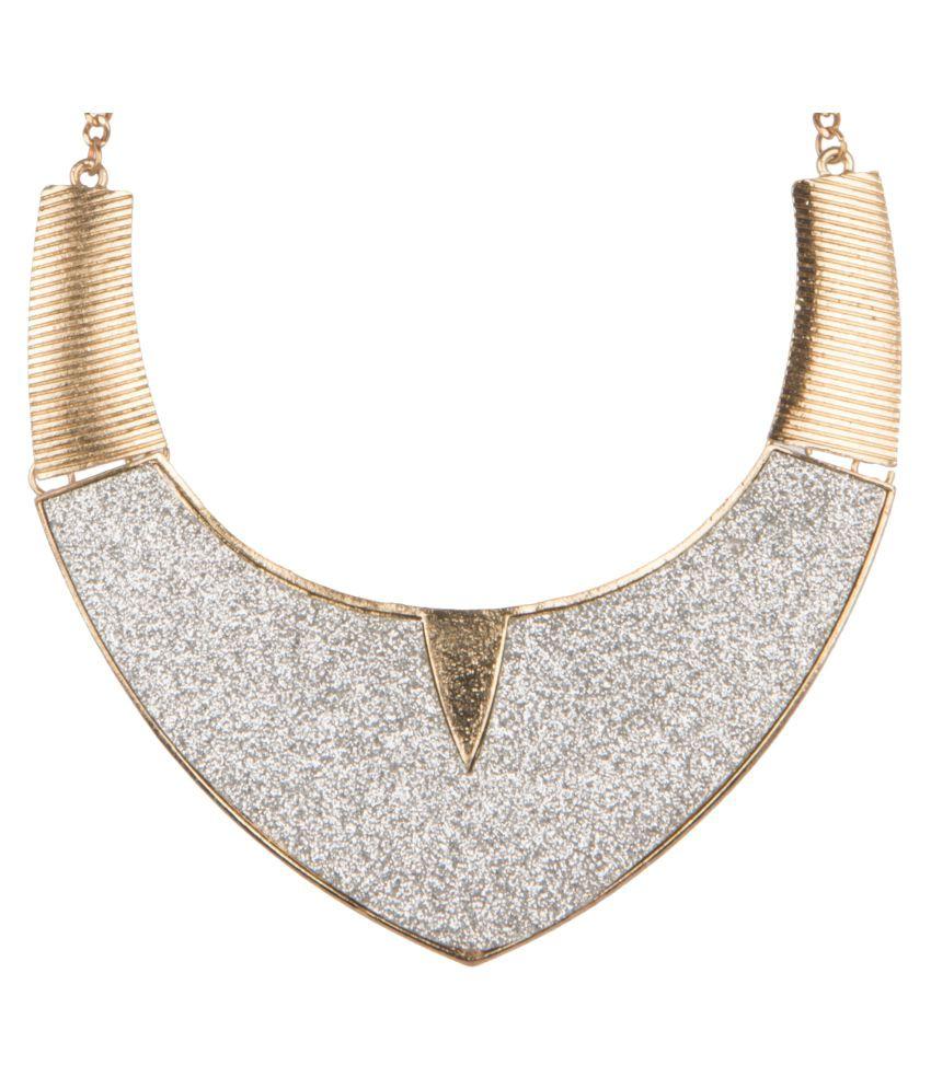 Diva Walk Golden Alloy Necklace