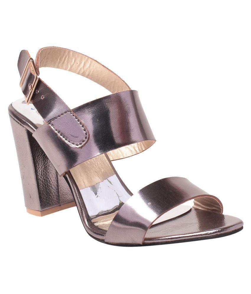 Msc Gray Heels