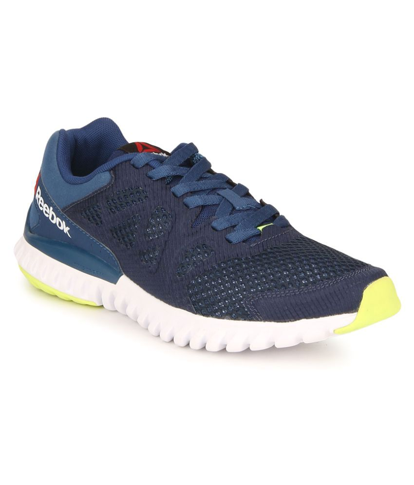 d4315fb5971c Reebok Twistform Blaze 2.0 Mtm Blue Running Shoes - Buy Reebok Twistform  Blaze 2.0 Mtm Blue Running Shoes Online at Best Prices in India on Snapdeal