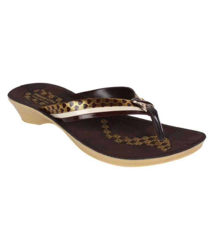 Earton Footwear Brown Slippers