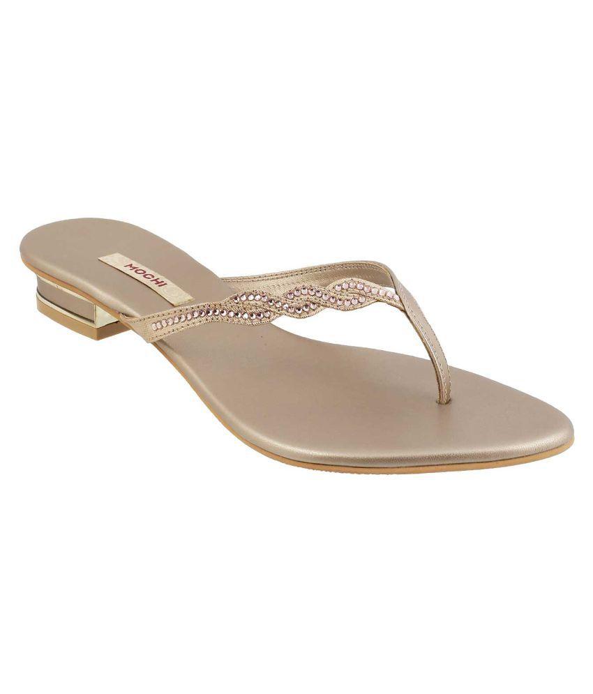 MOCHI BEIGE Flat Heels
