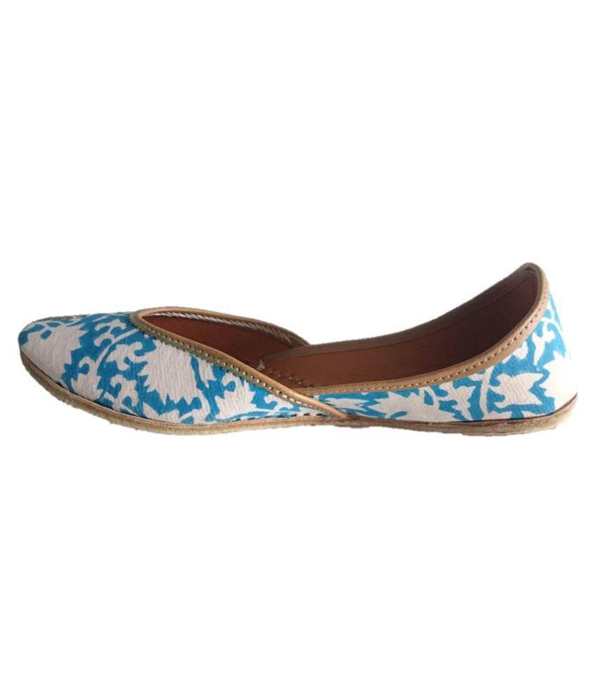 Kaashvi Blue Flat Ethnic Footwear