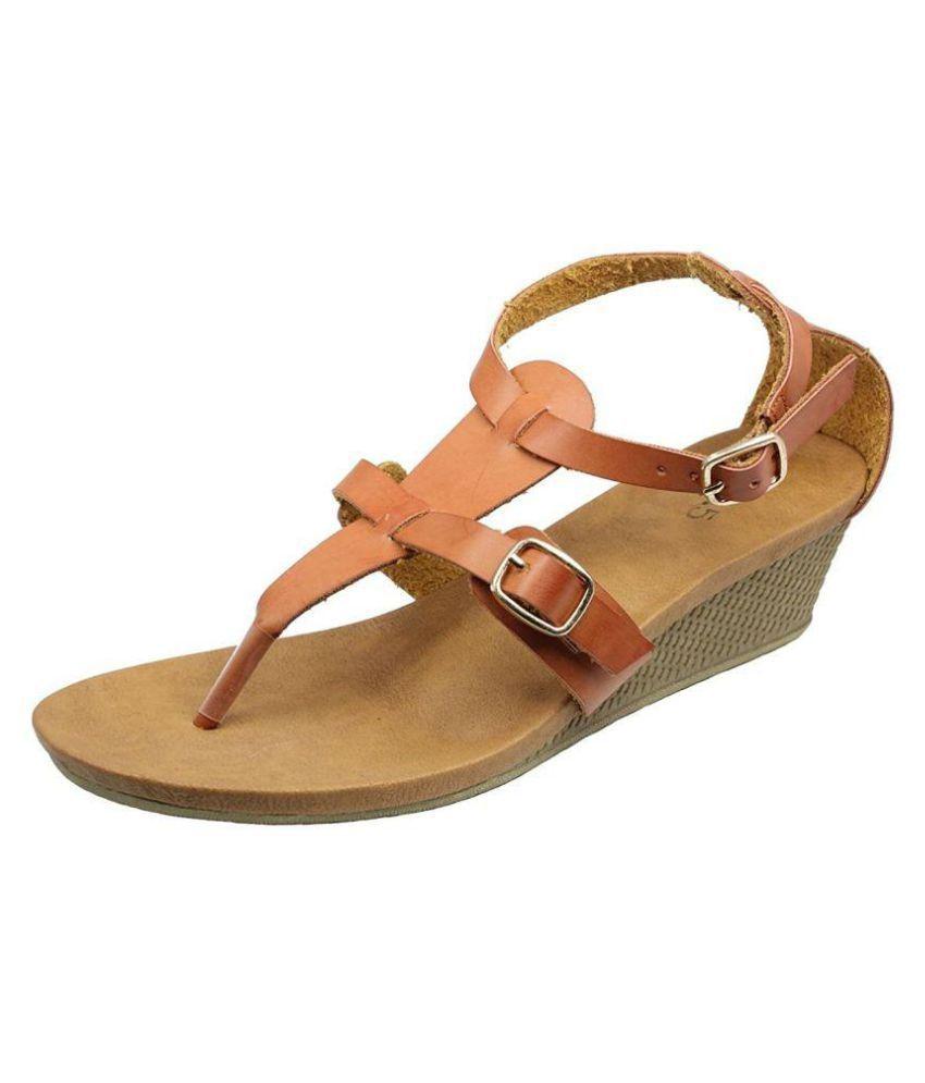 Inc.5 Tan Wedges Heels