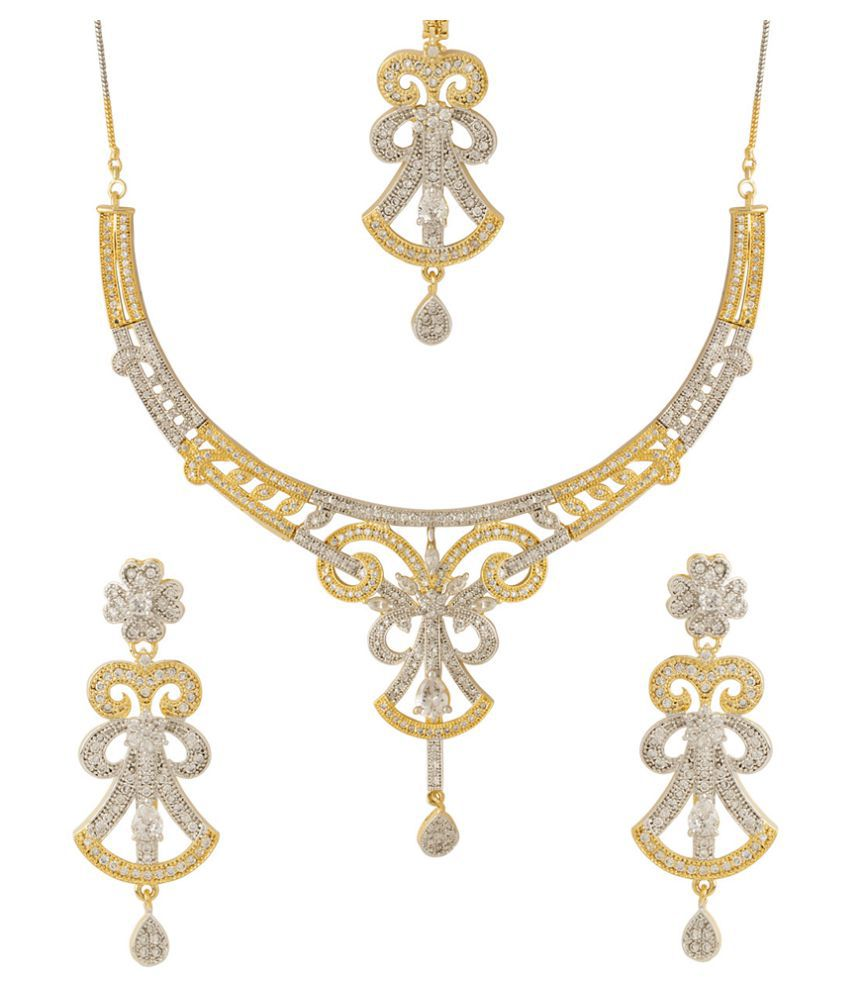 Voylla Opulent Necklace Set with Yellow Gold Plating with Maang Tikka