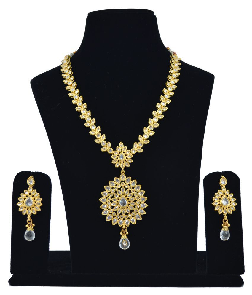 928986c535 Saloni Fashion Jewellery Kundan Necklace Set - Buy Saloni Fashion Jewellery  Kundan Necklace Set Online at Best Prices in India on Snapdeal