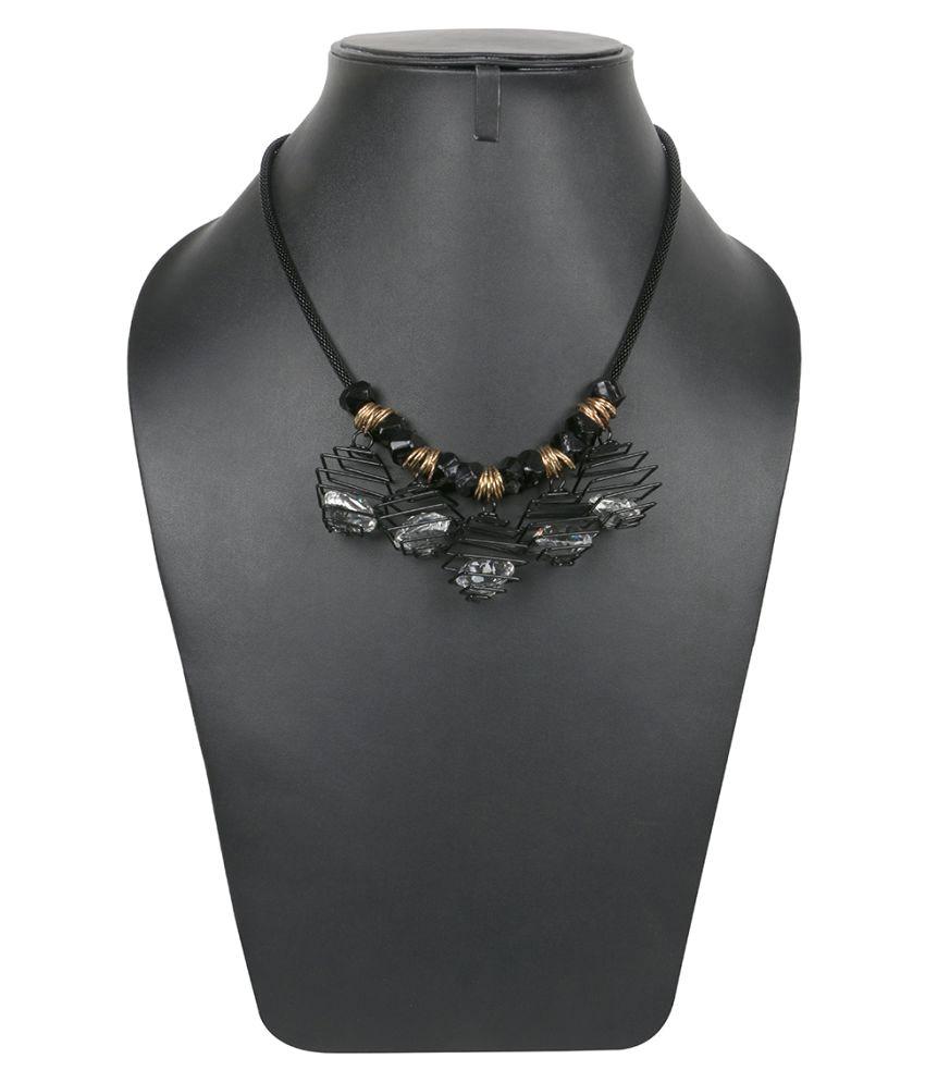 Krupam Black Necklace