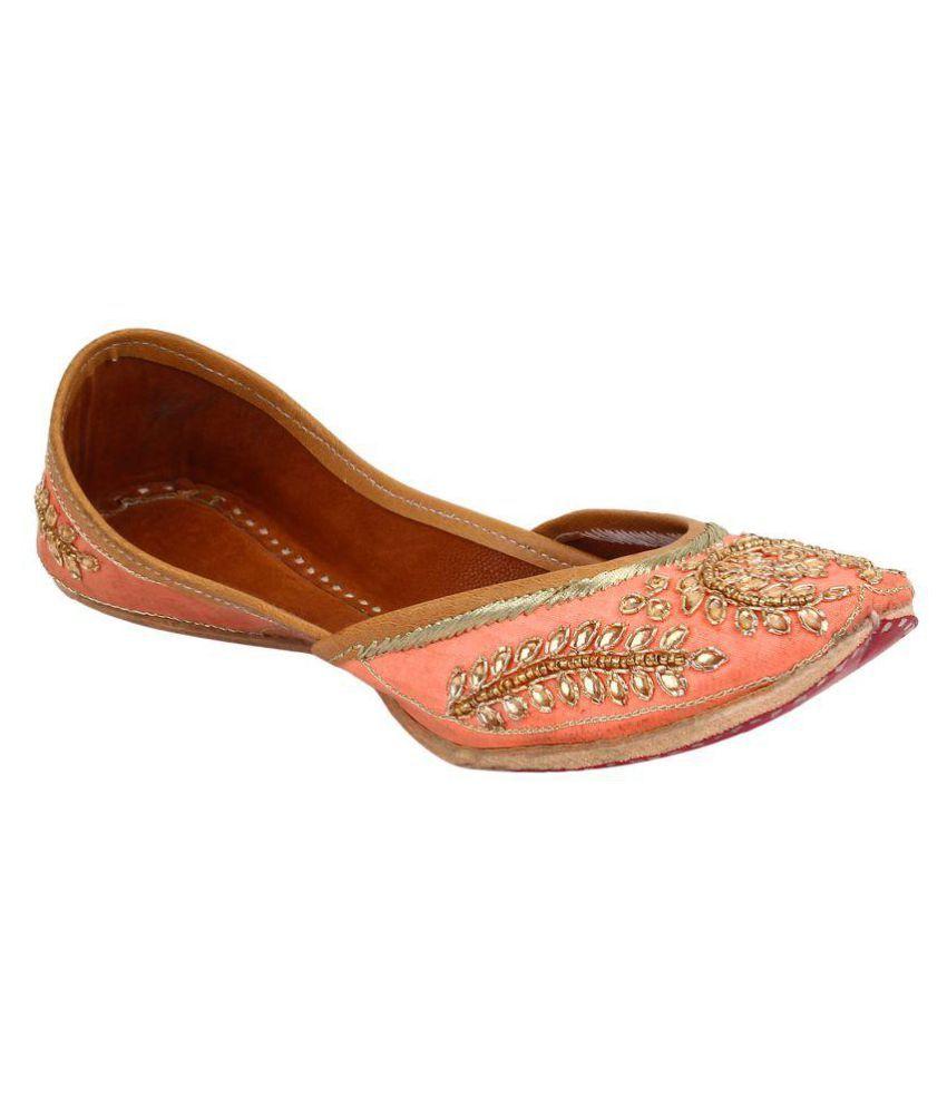 Saashiwear Multi Color Flat Ethnic Footwear