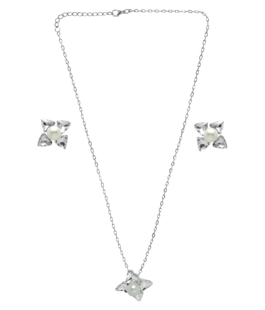 Jewelz Silver Necklaces Set