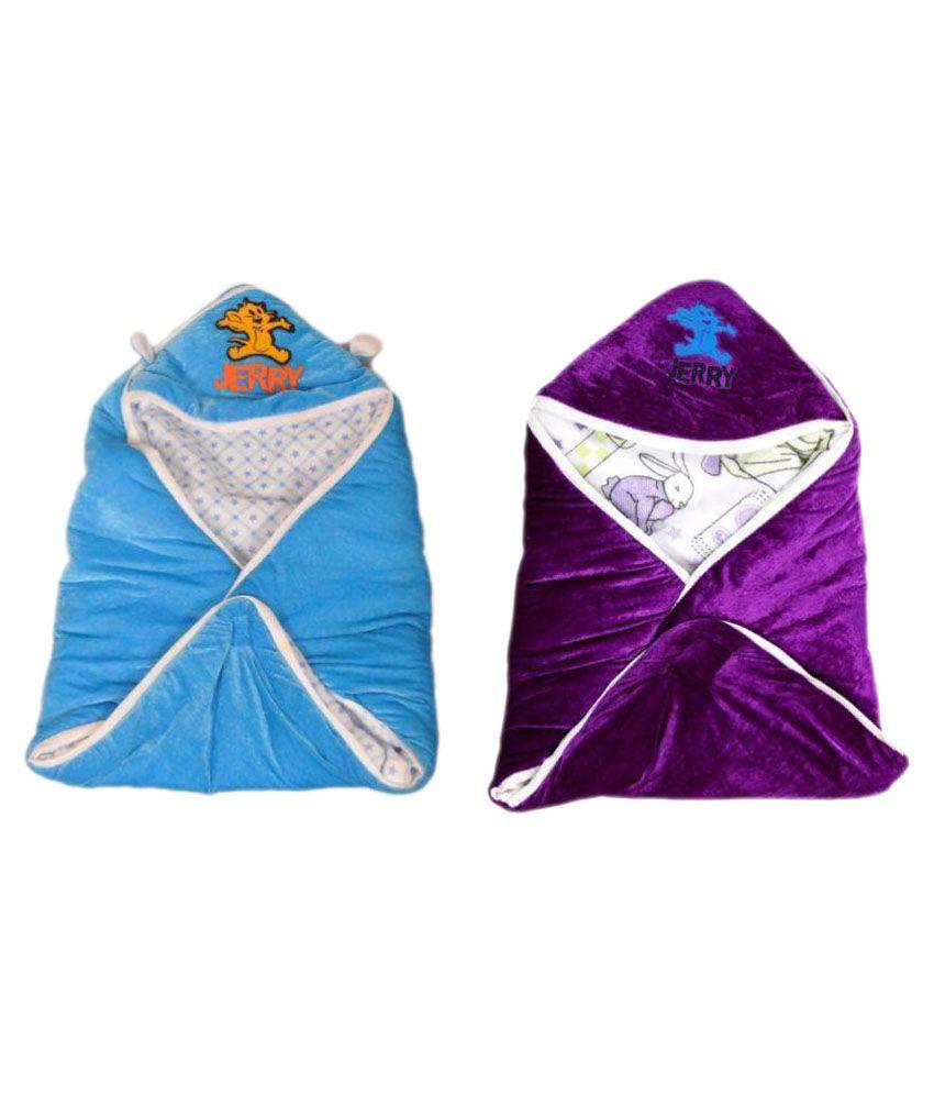 Feathers Multi-Colour Fleece Baby Wrap cum blanket ( 40 cm × 40 cm - 2 pcs)