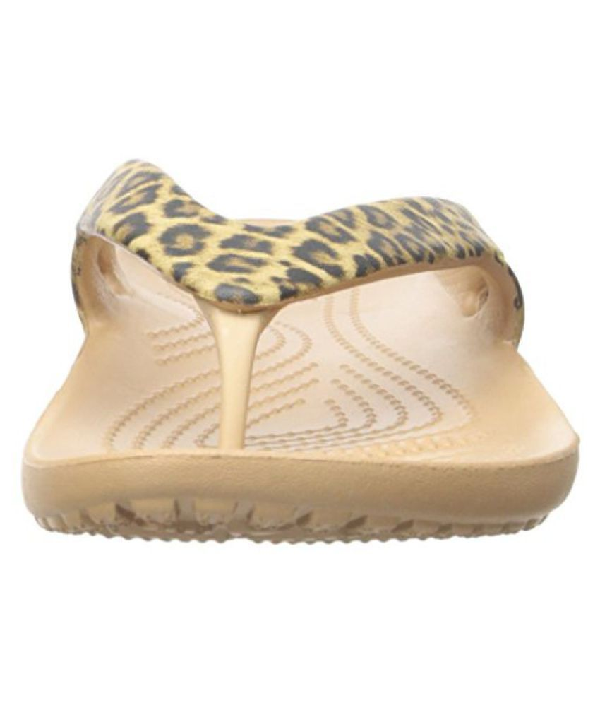 dfc7a1fc28b crocs Women s Kadee II Leopard Print Flip Flop Price in India- Buy ...