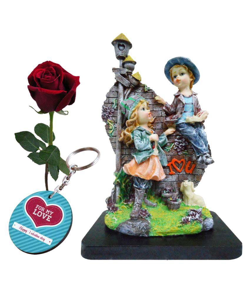 Skytrends Valentine Love Gift Set Statue Printed Keychain Artyficial