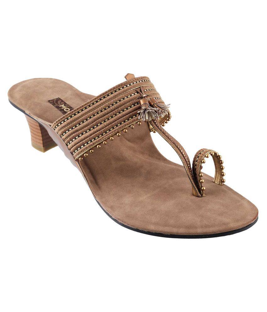 MOCHI GOLD Block Ethnic Footwear