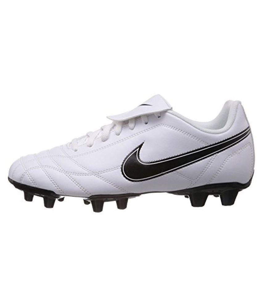 low priced 760f7 265b9 ... Nike Men s Egoli Fg White,Black Football Boots -11 UK India