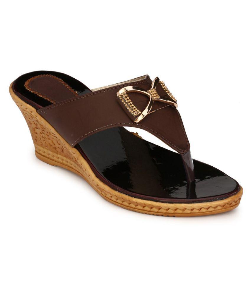 WalkStreet Brown Wedges Heels