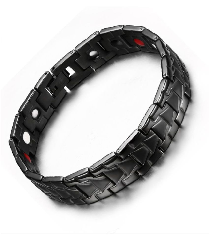 Fashion High Quality Titanium Steel With Non- Fading Warranty Hologram Magnetic Health Protection Cool Punk Men Bracelets (Black Color) With Ready To Gift Box Packing