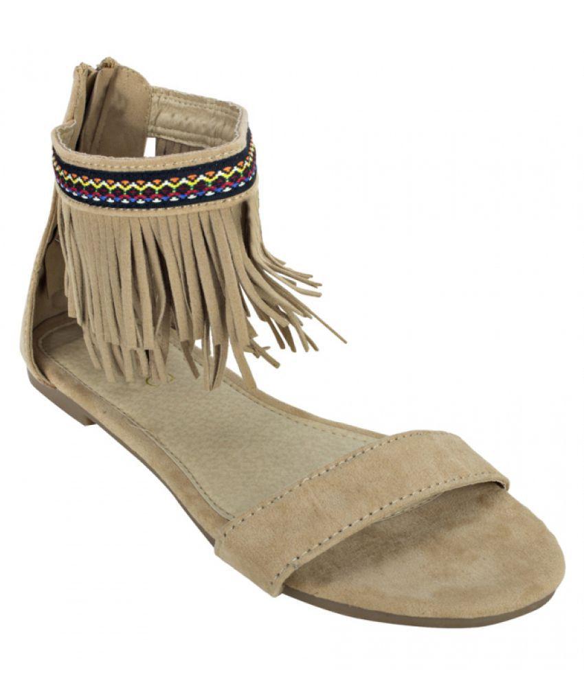 Estatos Brown Flat Heels